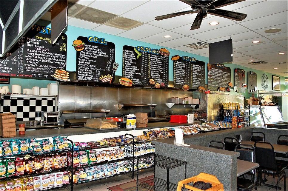 Commercial pour l Vente à 257 Talmadge Road 257 Talmadge Road Edison, New Jersey 08817 États-Unis