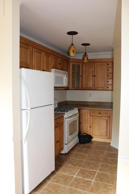 Condominium for Rent at 469 Hawthorne Place 469 Hawthorne Place Morganville, New Jersey 07751 United States