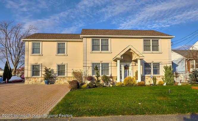 Mehrfamilienhaus für Verkauf beim 10 Minturn Road 10 Minturn Road Toms River, New Jersey 08753 Vereinigte Staaten