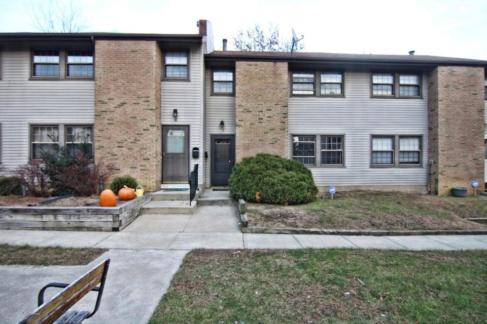 Condominio por un Alquiler en 7 Rebecca Court 7 Rebecca Court Old Bridge, Nueva Jersey 08857 Estados Unidos