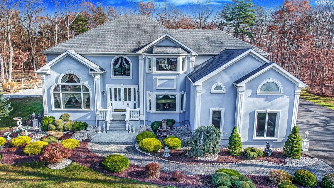 Maison unifamiliale pour l Vente à 387 Brewers Bridge Road 387 Brewers Bridge Road Jackson, New Jersey 08527 États-Unis
