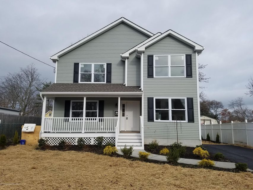 Single Family Home for Sale at 215 Lorillard Avenue 215 Lorillard Avenue Union Beach, New Jersey 07735 United States