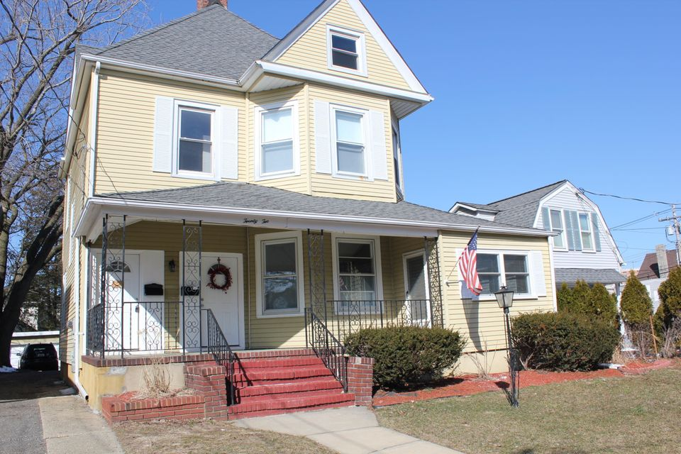 Single Family Home for Rent at 22 Drummond Place 22 Drummond Place Red Bank, New Jersey 07701 United States