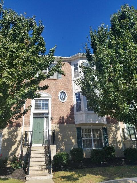 Appartement en copropriété pour l à louer à 384 Fayette Street 384 Fayette Street Perth Amboy, New Jersey 08861 États-Unis