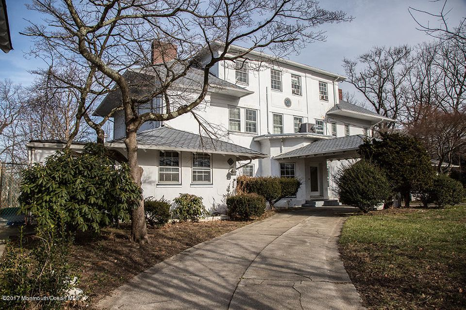 Single Family Home for Sale at 300 Bridlemere Avenue 300 Bridlemere Avenue Interlaken, New Jersey 07712 United States