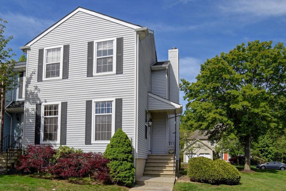 Casa Unifamiliar por un Venta en 25 Pero Court 25 Pero Court Sayreville, Nueva Jersey 08872 Estados Unidos