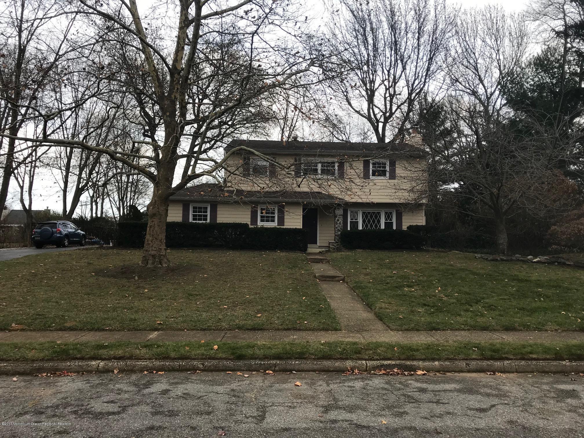 独户住宅 为 销售 在 32 Nautilus Drive 32 Nautilus Drive 莱昂纳多, 新泽西州 07737 美国