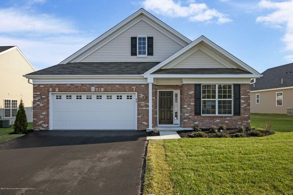 Single Family Home for Sale at 92 Woodview Drive 92 Woodview Drive Whiting, New Jersey 08759 United States