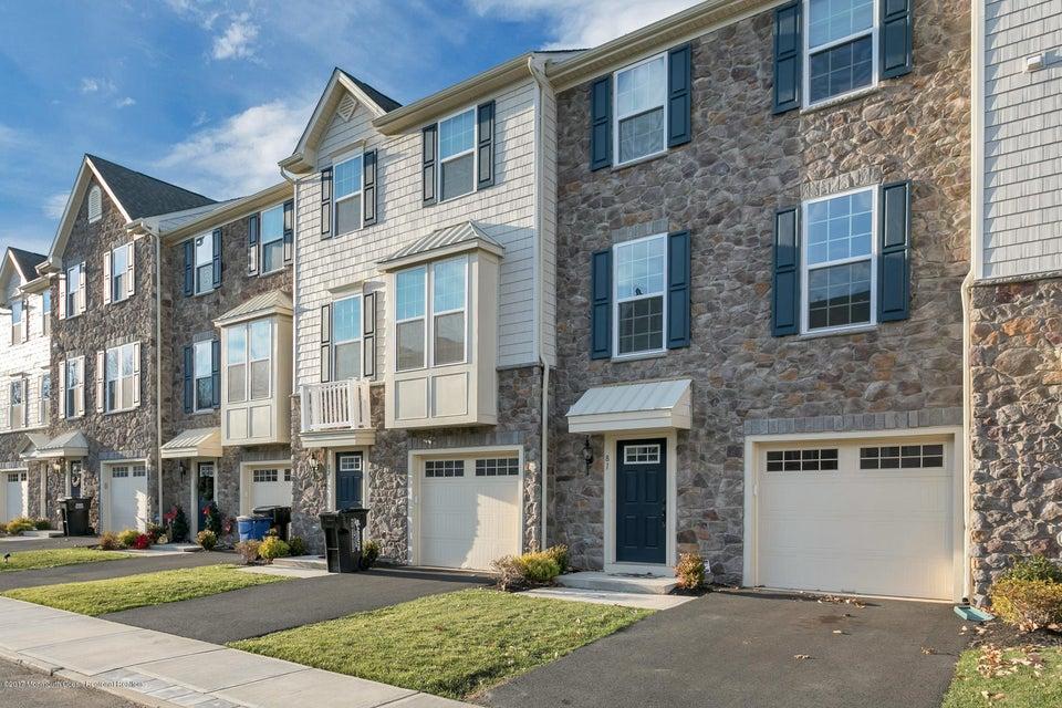 Einfamilienhaus für Verkauf beim 81 Phillip E. Frank Way 81 Phillip E. Frank Way Cliffwood, New Jersey 07721 Vereinigte Staaten