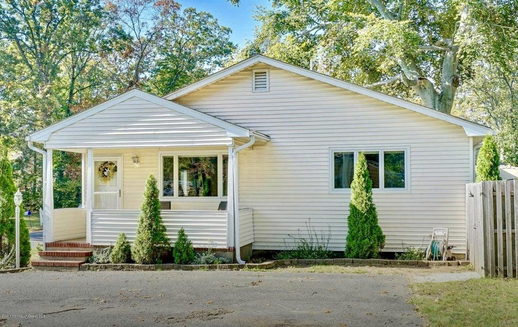 独户住宅 为 出租 在 531 Lincoln Avenue 531 Lincoln Avenue Oakhurst, 新泽西州 07755 美国