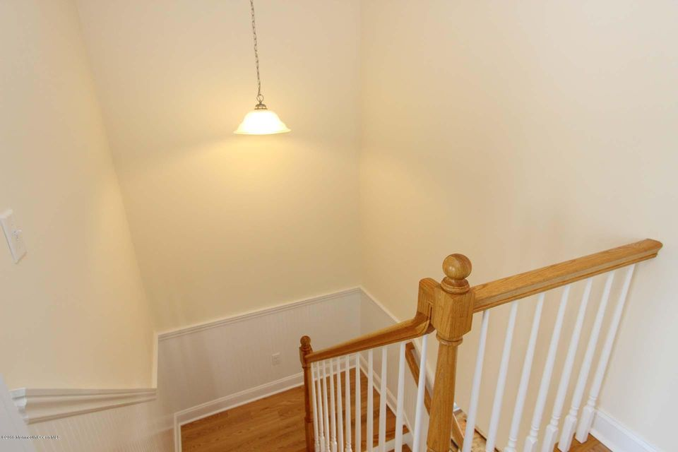 24 E Rutherford Lane - Picture 11