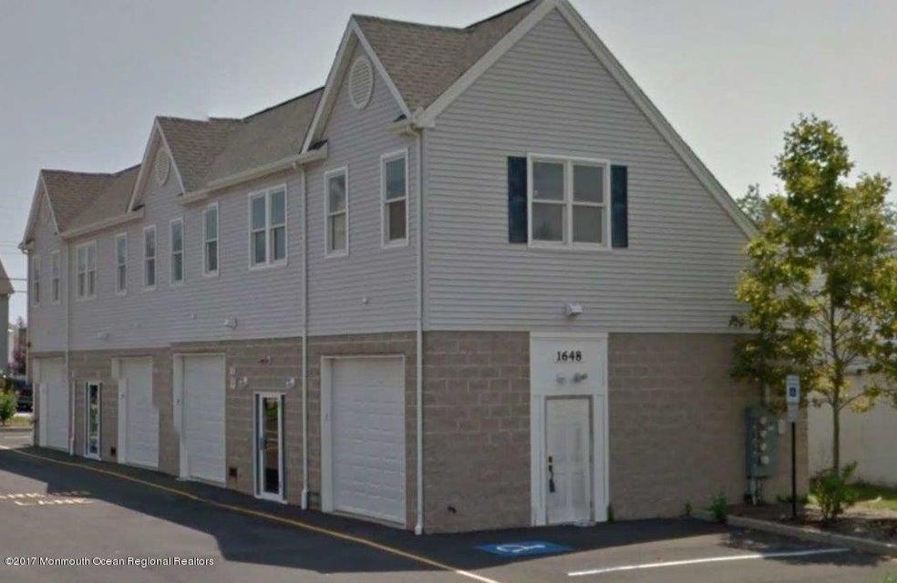 Commercial pour l Vente à 1646 Beaver Dam Road 1646 Beaver Dam Road Point Pleasant, New Jersey 08742 États-Unis