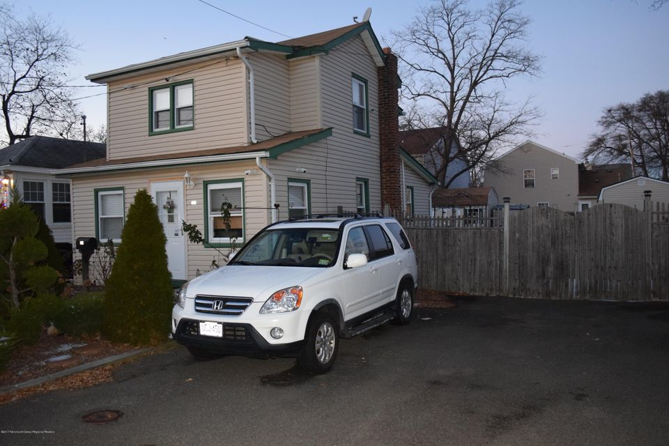 Single Family Home for Rent at 115 Cedar Avenue 115 Cedar Avenue North Middletown, New Jersey 07748 United States