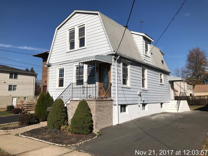 Einfamilienhaus für Verkauf beim 120 Locust Avenue 120 Locust Avenue North Arlington, New Jersey 07031 Vereinigte Staaten