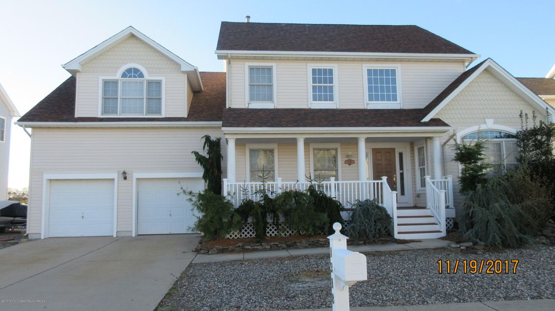 Single Family Home for Sale at 1318 Wickford Lane 1318 Wickford Lane Lanoka Harbor, New Jersey 08734 United States