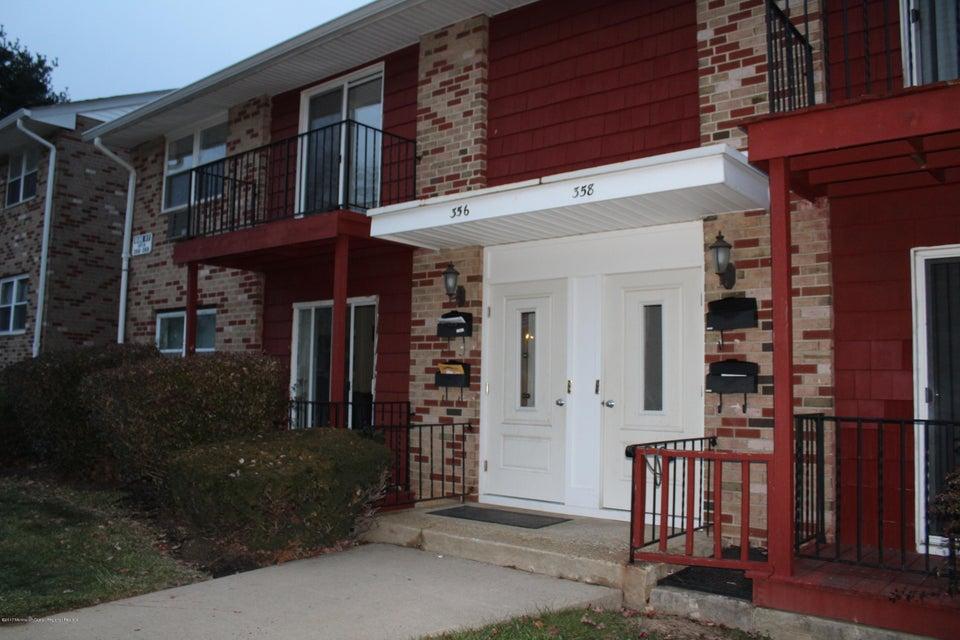 Condominio por un Alquiler en 356 Matawan Avenue 356 Matawan Avenue Aberdeen, Nueva Jersey 07747 Estados Unidos