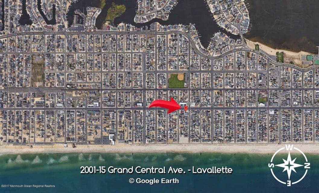 2001  Grand Central Avenue - Picture 20
