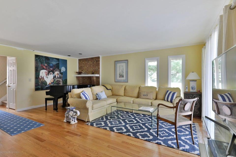 Condomínio para Arrendamento às 50 Linden Court 50 Linden Court Spring Lake Heights, Nova Jersey 07762 Estados Unidos