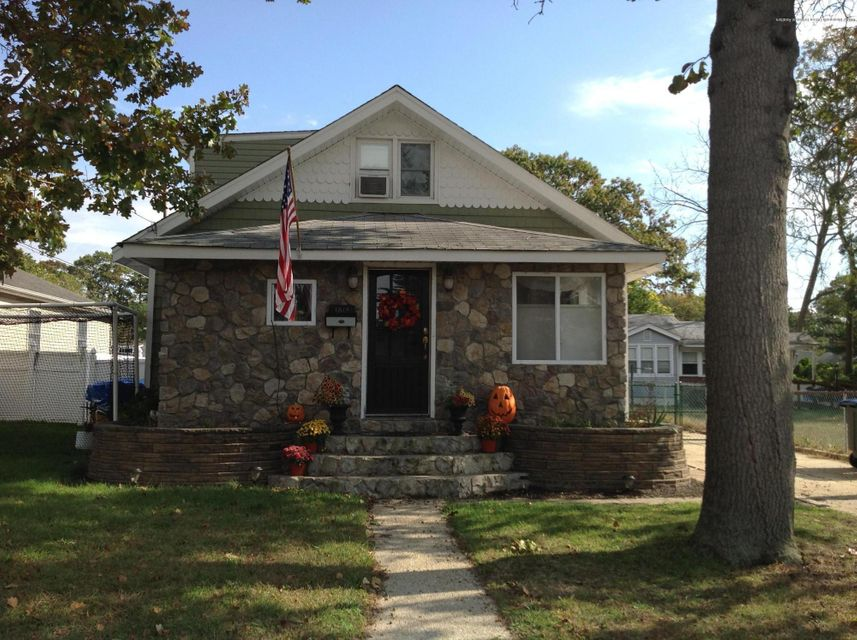 Single Family Home for Sale at 1812 M Street 1812 M Street West Belmar, New Jersey 07719 United States