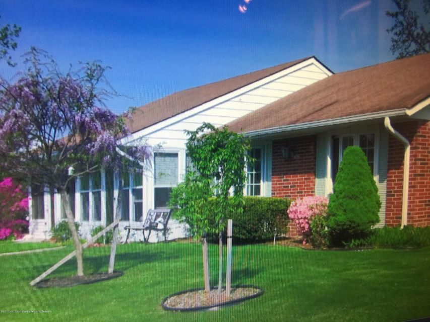 Single Family Home for Rent at 239 D Huntington Drive 239 D Huntington Drive Lakewood, New Jersey 08701 United States