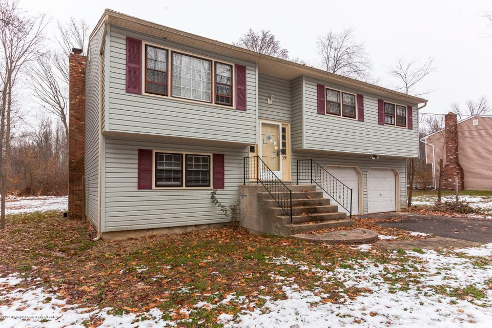 Single Family Home for Sale at 76 Pine Drive 76 Pine Drive Roosevelt, New Jersey 08555 United States