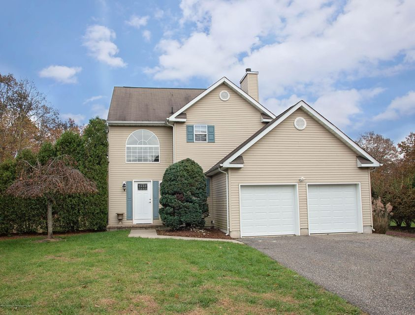 Single Family Home for Rent at 33 Cooks Bridge Road 33 Cooks Bridge Road Jackson, New Jersey 08527 United States