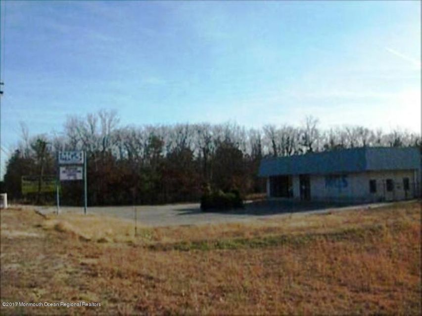 Commercial for Sale at 309 Route 72 309 Route 72 Barnegat, New Jersey 08005 United States