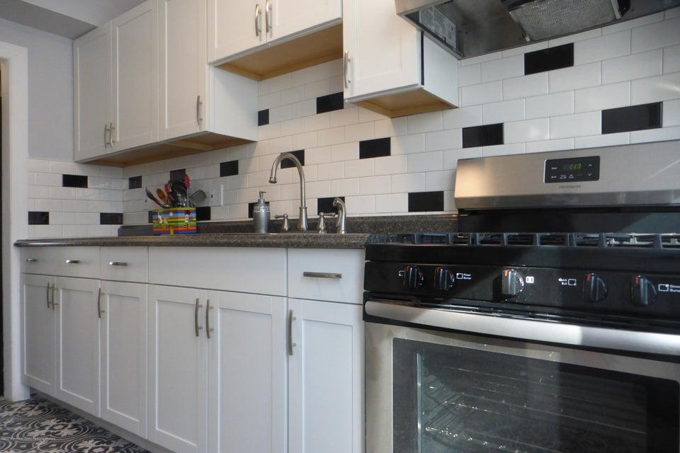 Einfamilienhaus für Verkauf beim 41 Belshaw Avenue 41 Belshaw Avenue Shrewsbury Township, New Jersey 07724 Vereinigte Staaten