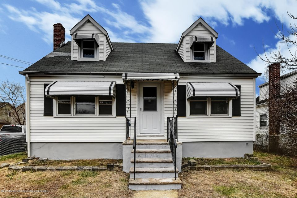 Single Family Home for Sale at 234 Bray Avenue 234 Bray Avenue North Middletown, New Jersey 07748 United States