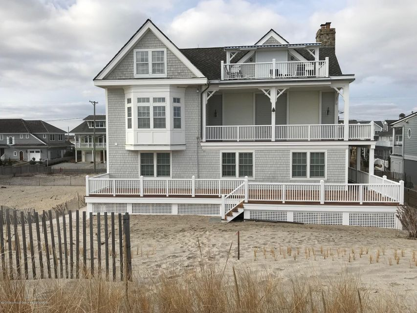 Single Family Home for Sale at 1007 East Avenue 1007 East Avenue Mantoloking, New Jersey 08738 United States