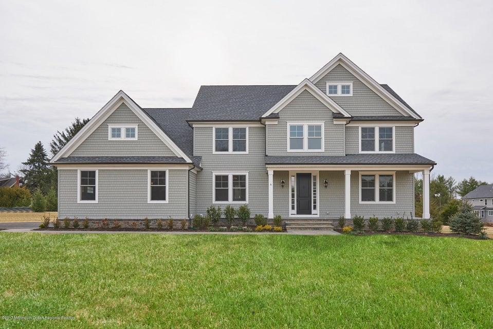 Nhà ở một gia đình vì Bán tại 21 Phipps Place 21 Phipps Place Tinton Falls, New Jersey 07724 Hoa Kỳ