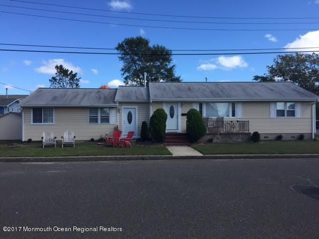 Multi-Family Home for Sale at 111 Pennsylvania Avenue 111 Pennsylvania Avenue Beach Haven, New Jersey 08008 United States