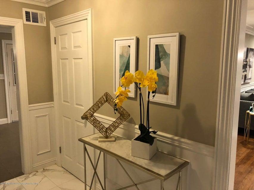 Additional photo for property listing at 8 Saddle Ridge Road 8 Saddle Ridge Road Colts Neck, ニュージャージー 07722 アメリカ合衆国