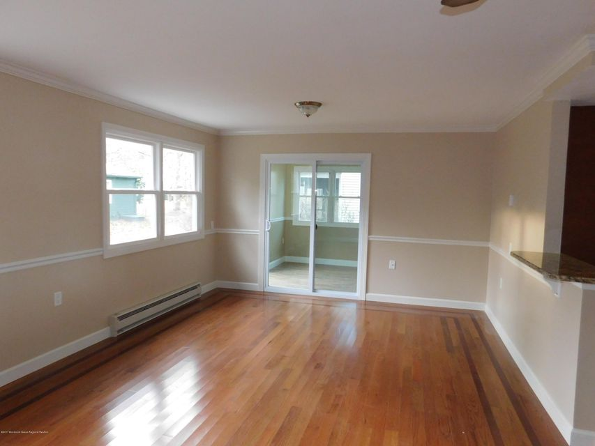 Additional photo for property listing at 29 Norwalk Avenue 29 Norwalk Avenue Whiting, 新澤西州 08759 美國