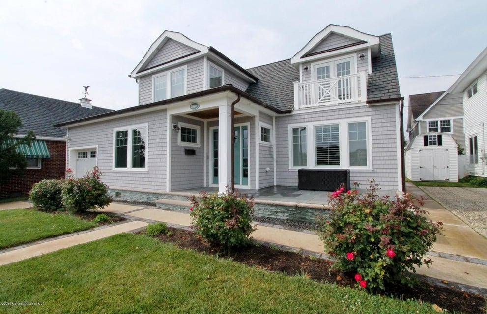 独户住宅 为 出租 在 206 Bradley Boulevard 206 Bradley Boulevard 布兰德利海滩, 新泽西州 07720 美国