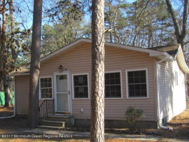 Casa para uma família para Venda às 20 Palmetto Avenue 20 Palmetto Avenue Browns Mills, Nova Jersey 08015 Estados Unidos