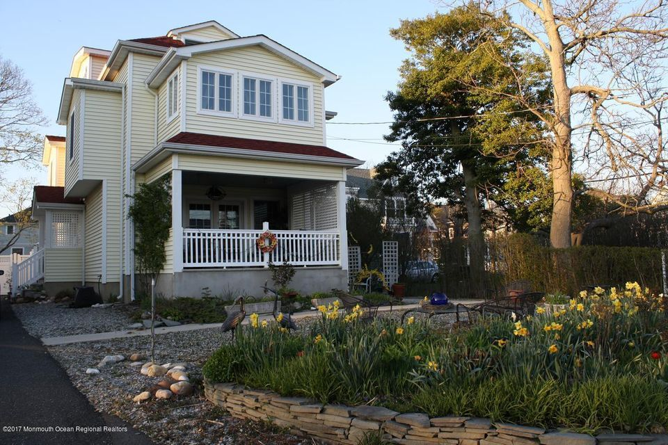Single Family Home for Rent at Address Not Available Rumson, New Jersey 07760 United States