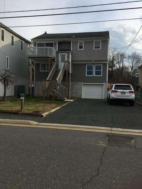 Single Family Home for Sale at 18 Benton Avenue 18 Benton Avenue Leonardo, New Jersey 07737 United States