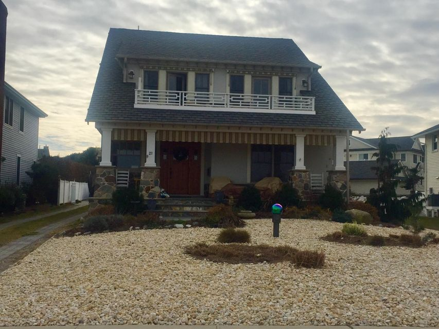 Single Family Home for Rent at 21 South Boulevard 21 South Boulevard Spring Lake, New Jersey 07762 United States
