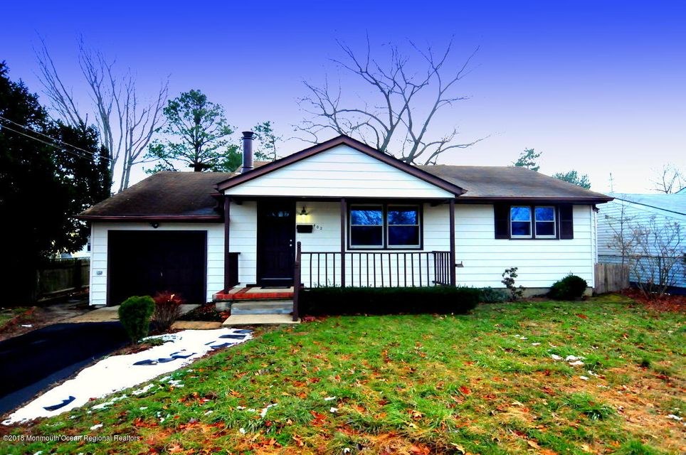 Single Family Home for Sale at 402 Maple Street 402 Maple Street Lakehurst, New Jersey 08733 United States