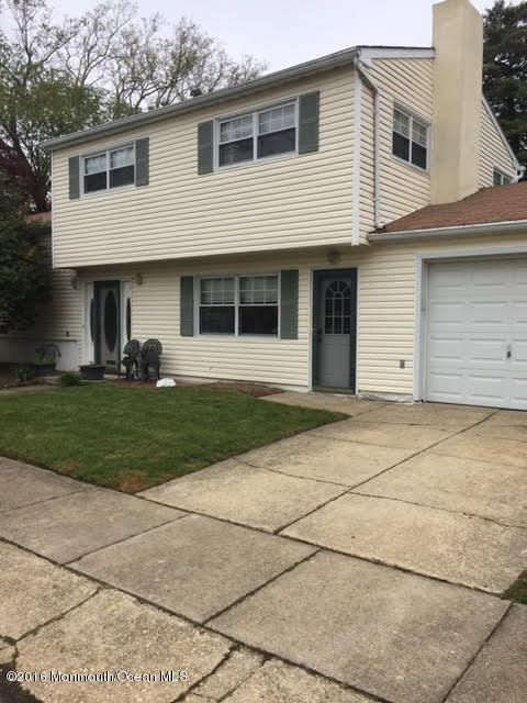 Single Family Home for Rent at 814 Hillcrest Road 814 Hillcrest Road Elberon, New Jersey 07740 United States