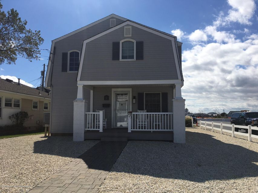 Single Family Home for Rent at 551 Perch Avenue 551 Perch Avenue Manasquan, New Jersey 08736 United States