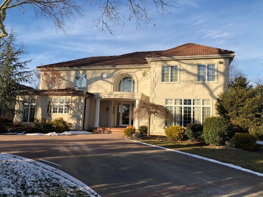 獨棟家庭住宅 為 出售 在 3 Vozi Court 3 Vozi Court Elberon, 新澤西州 07740 美國