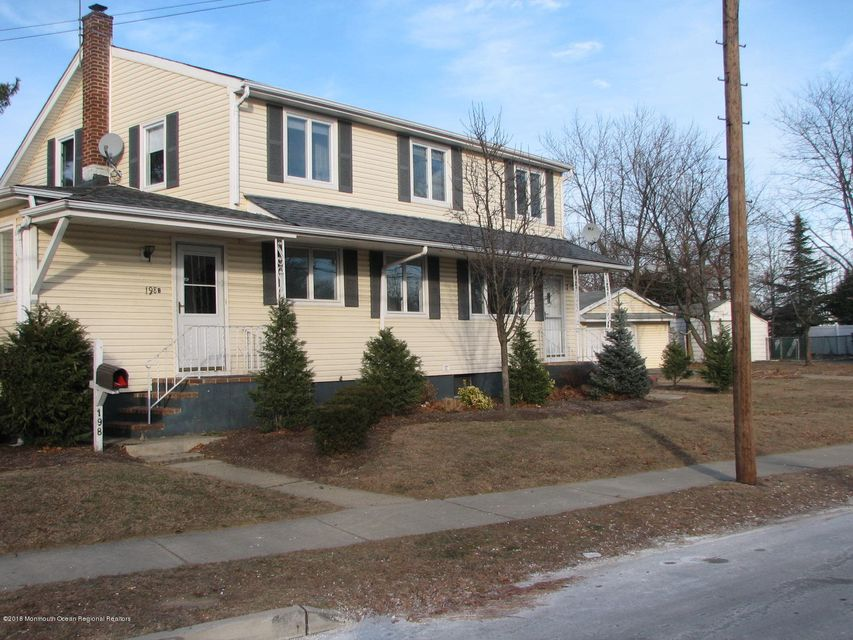 Single Family Home for Rent at 198b Laurel Avenue 198b Laurel Avenue Hazlet, New Jersey 07734 United States