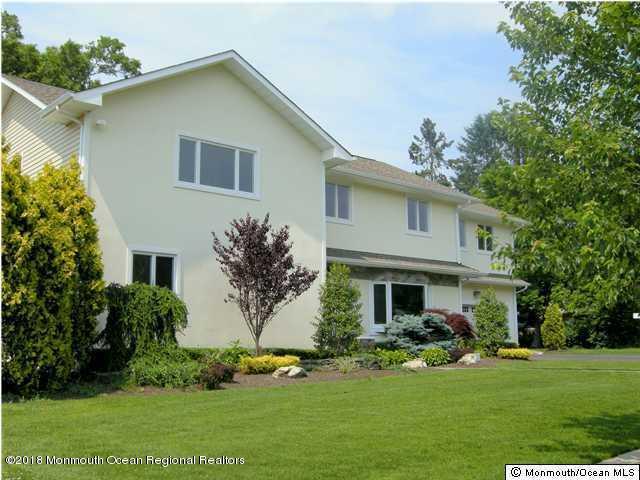 Casa Unifamiliar por un Venta en 247 Perrine Avenue 247 Perrine Avenue Elberon, Nueva Jersey 07740 Estados Unidos