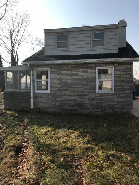 独户住宅 为 出租 在 1 Summerfield Avenue 1 Summerfield Avenue 劳伦斯港, 新泽西州 08879 美国