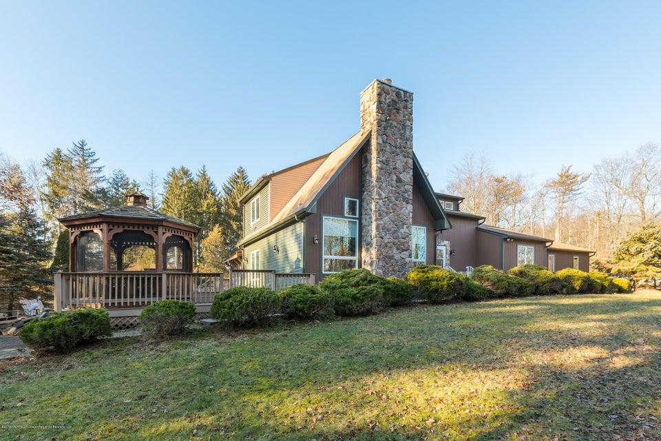 Maison unifamiliale pour l Vente à 386 Woolf Road 386 Woolf Road Pittstown, New Jersey 08867 États-Unis