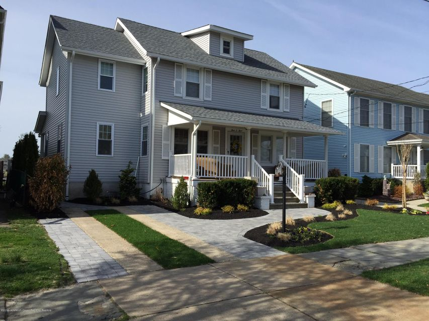 Single Family Home for Rent at 303 5th Avenue 303 5th Avenue Belmar, New Jersey 07719 United States