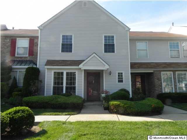 共管物業 為 出租 在 24 A Vassar Place 24 A Vassar Place Morganville, 新澤西州 07751 美國