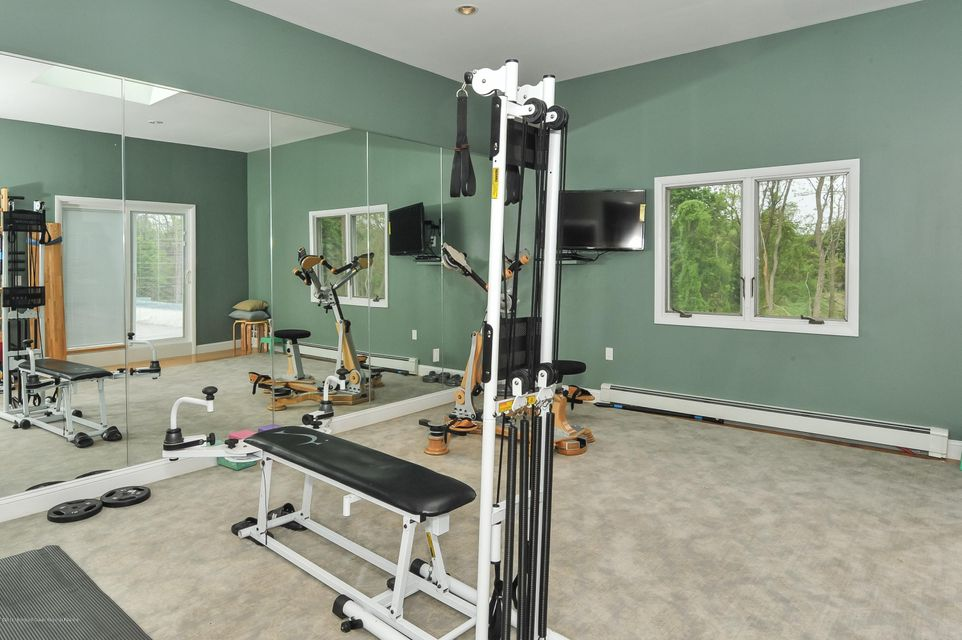 051_Exercise Room